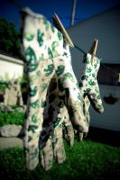 Green Thumbs by tardney