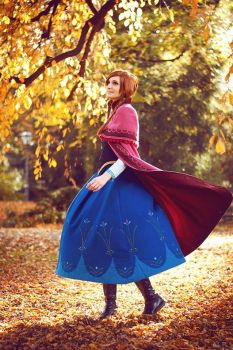 Anna - Fall Beauty by SoraPaopu