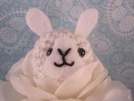 Amigurumi White Flower Bunny by AmiTownCreatures