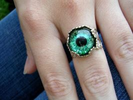 Estate Ring - Green Black Light Reactive Pic 2 by LadyPirotessa