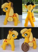 Upgraded Applejack Plushie by Tofutastic