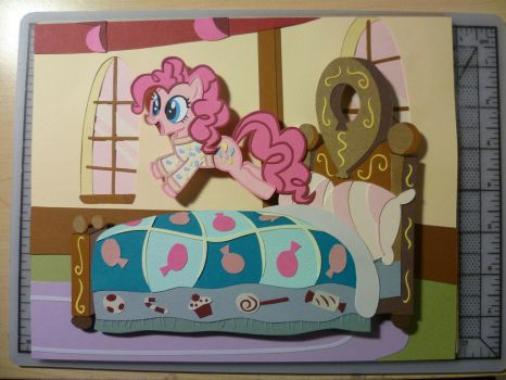 Papercraft - Pinkie Pie's Bed Time by JackOfMostTrades