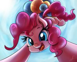 Pinkie UP! by Light262