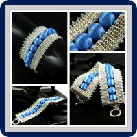 Bead loomed cuff - Blue spheres by CatsWire