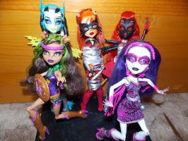 POWER GHOULS ASSEMBLE! by Makeup-love95
