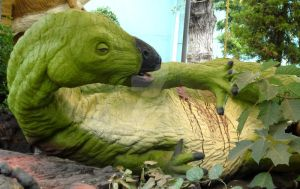 Iguanodon injured by Kawekaweau
