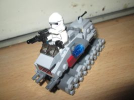 Microfighters - Clone Turbo Tank (75028) by KrytenMarkGen-0