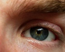 Eye Close-up by JakeGreen
