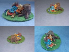 MLP FiM blindbag diorama - AppleDash sleeping! by vulpinedesigns