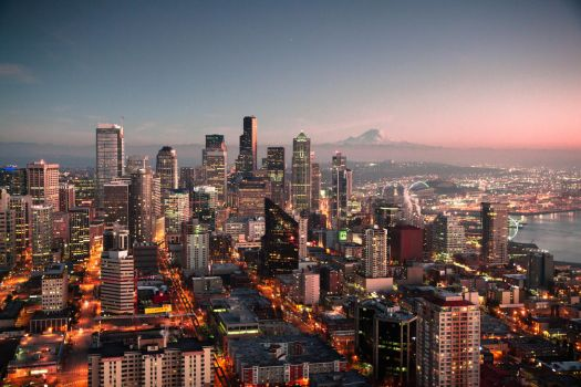 Seattle at dusk by zikrostag