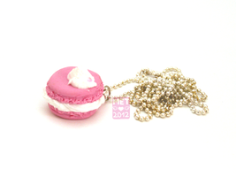 Rose Macaroon Necklace by Metterschlingel