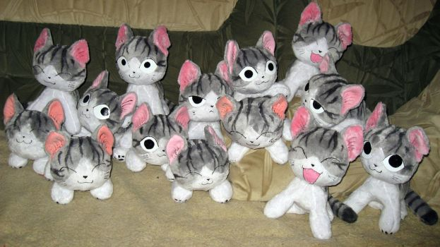 A lot of Chi plushies +_+ by Rens-twin
