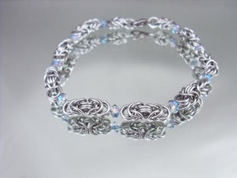 Italian Crystal Chainmail Byzantine Bracelet by Pharewings