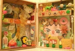 assemblage box by Mebuu