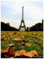 Autumn In Paris by fedoragirl