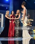 Tall Miss America host by lowerrider
