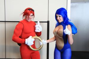 PAX East 2013 - Sexy Sonic and Knuckles 9 by VideoGameStupid