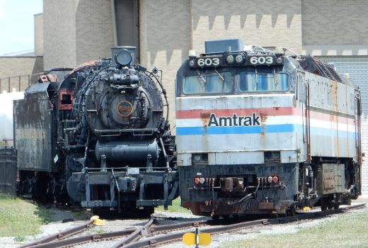 PRR 520 and Amtrak 603 by rlkitterman
