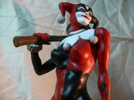 Harley Quinn statue. by Leebea