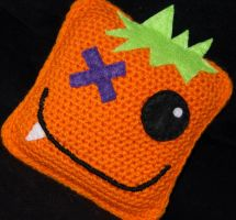 Spike the Creature Cube by rainbowdreamfactory