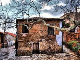 Old house in Harmaina by Asimakis