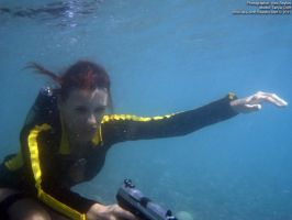 Lara Croft wetsuit - underwater by TanyaCroft