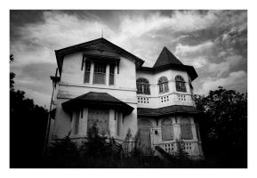 old place at indro by Zenhead