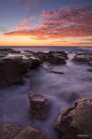 Coalcliff Sunrise by robertvine