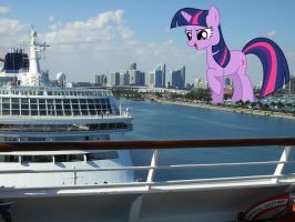 Twilight Sparkle in Miami by TheOtterPony