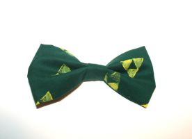 Triforce Bow by ZombieVoltaire