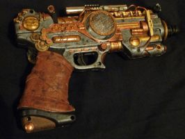 Steampunk Ray Gun Prop by wildebore