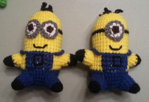 Crochet Amigurumi Minions by DuctileCreations