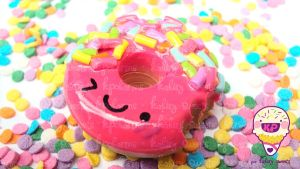 pinku donut by KPcharms