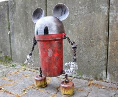 assemblage mecha mouse 3 by rupertvalero