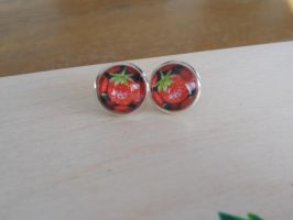 Sweet earrings with strawberry by SteamJo