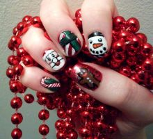 Chritsmas Mash-up Nails by kaylamckay