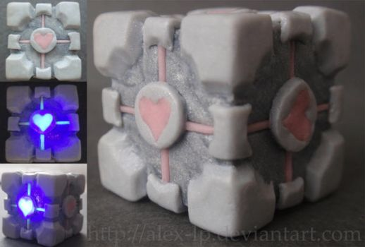 .:companion cube:. by alex-lp
