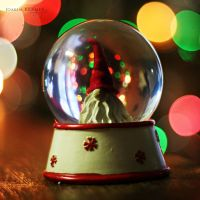 Christmas inside a bubble by Healzo