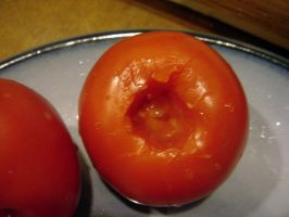 smile, mr. tomate by geniebeans