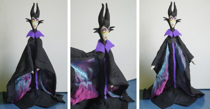 Disney Maleficent (1959) Doll by Xperionity