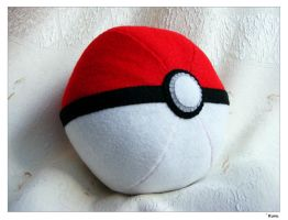 Pokeball Plush by Kuvu