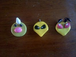 Clay Weedle Family Pendants by Esca-Lutum