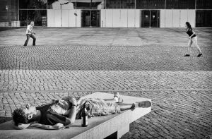 To Play or Not by sandas04