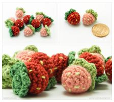 Miniature Amigurumi Strawberries by pocket-sushi