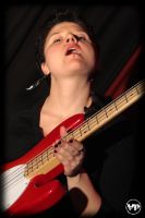 love frame bass player by paoly81