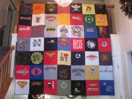 T Shirt Quilt by quiltoni
