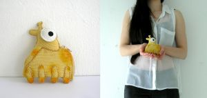 Mini Giraffe Coin Purse by vannesdesigns