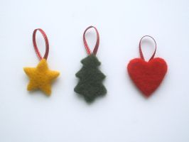 Needle-felted Christmas decorations, small by Scarygothgirl
