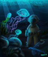 Glowing Jellyfish under Water by ganando-enemigos
