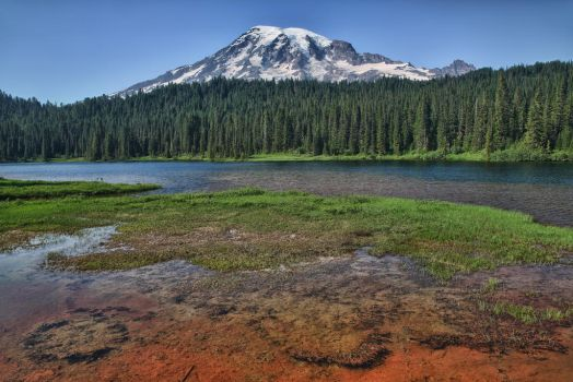 Mount Rainier from Reflection Lake by arnaudperret